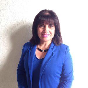 Miss Maritza Leon , Jefa de Depto de Ciencias
